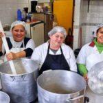 Empresa em fase de expansão propicia contratações de profissionais para os cargos de: Cozinheiro (a) & Auxiliar de Cozinha - Envie seu currículo!